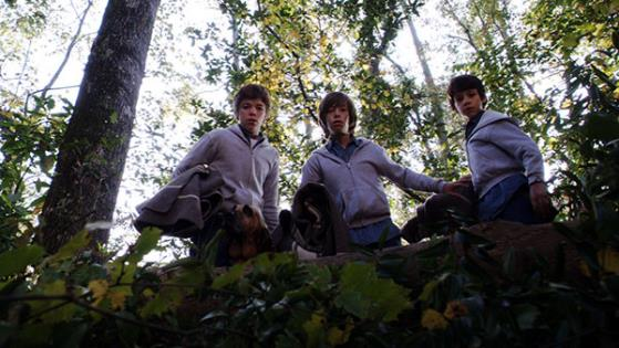 Uriah Shelton,Jimmy Bennett and Gabriel Basso in Alabama Moon