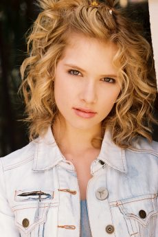 Claudia Lee: Singer, Songwriter, Actress, Dreamer