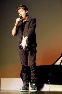 Sam Verlinden on stage