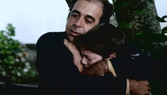 Felipe (Jose Afonso Pimentel) and his Father (Joao Lagarto) in Adeus, Pai (1996)