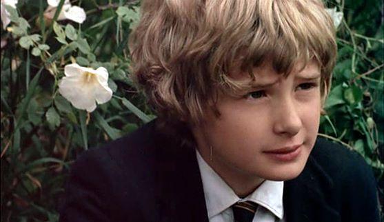 Mark Lester as Daniel Latimer in Melody (1971)
