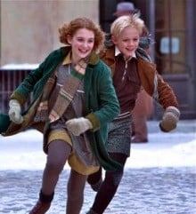 Nico Liersch and Sophie Nelisse in The Book Thief