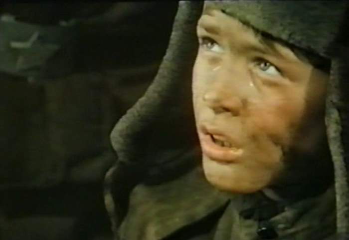 Oliver Ohrt as the young Klaus