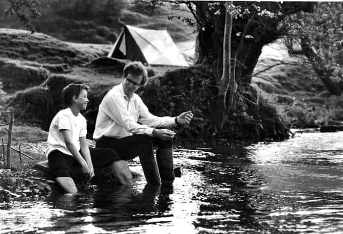 During an outing on the river , young James (Chris Cleary Miles) and his perspective adoptive father , Graham Holt (William Hurt) , become better acquainted in Warner Bros`s emotional drama, Second Best.