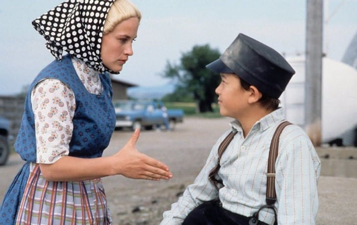 Scene from HOLY MATRIMONY, Joseph Gordon-Levitt, Patricia Arquette